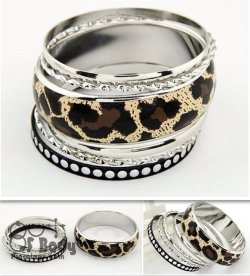 Multilayer Bangle Set In Silver W/ Brown Leopard Print